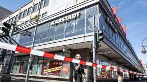 Bankfiliale überfallen – Räuber gehen leer aus