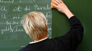 Warum schimpfen alle auf die Lehrer?