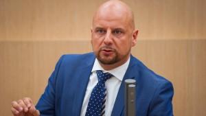 Suspendierter Justizbeamter erhält Job-Angebot von AfD