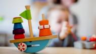 Anderer Schwerpunkt: Rechnungshof und Stadt Oberursel bewerten die Kosten für die Kinderbetreuung unterschiedlich.