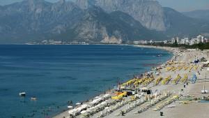 Erdbeben der Stärke 6 erschüttert Südwest-Türkei