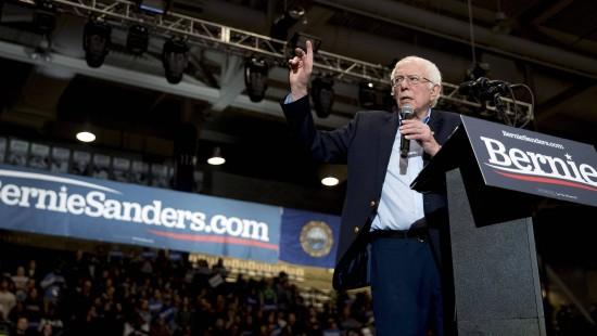 Bernie Sanders liegt in den Umfragen vorn