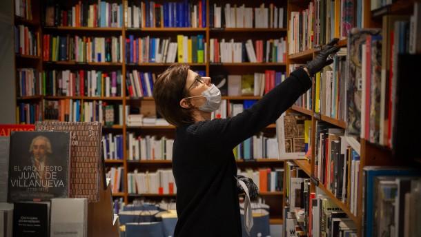 Spanien schickt Bücher in Quarantäne