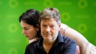 Wollen Milliarden in einen Klimafonds stecken: die Parteivorsitzenden von Bündnis 90/Die Grünen, Robert Habeck und Annalena Baerbock, hier bei einer Parteiratssitzung