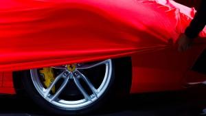 Der Ferrari kommt bald als Hybrid daher – und als SUV