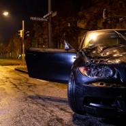 München: Das beschädigte Auto nach dem Unfall auf der Fürstenrieder Straße.