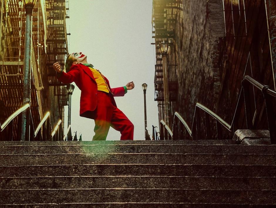 """Der """"Joker"""" ist einsam nicht nur als Einzelgänger: Die heillose Mob-Metropolis setzt dem Schmerzensmann zu."""