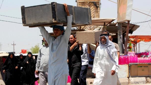 Dutzende Leichen gefesselter Zivilisten entdeckt