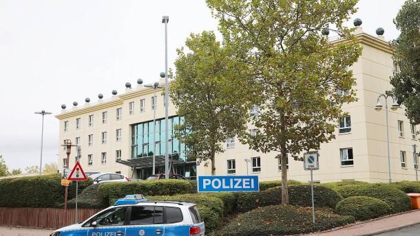 Polizei verspricht schnelle Aufklärung nach Vergewaltigungsvorwürfen
