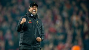 Liverpool wieder in Torlaune, Özil trifft für Arsenal