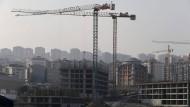 Die türkische Wirtschaft läuft schlechter als gewohnt: Im Januar ist die Arbeitslosenquote auf 13 Prozent gestiegen.