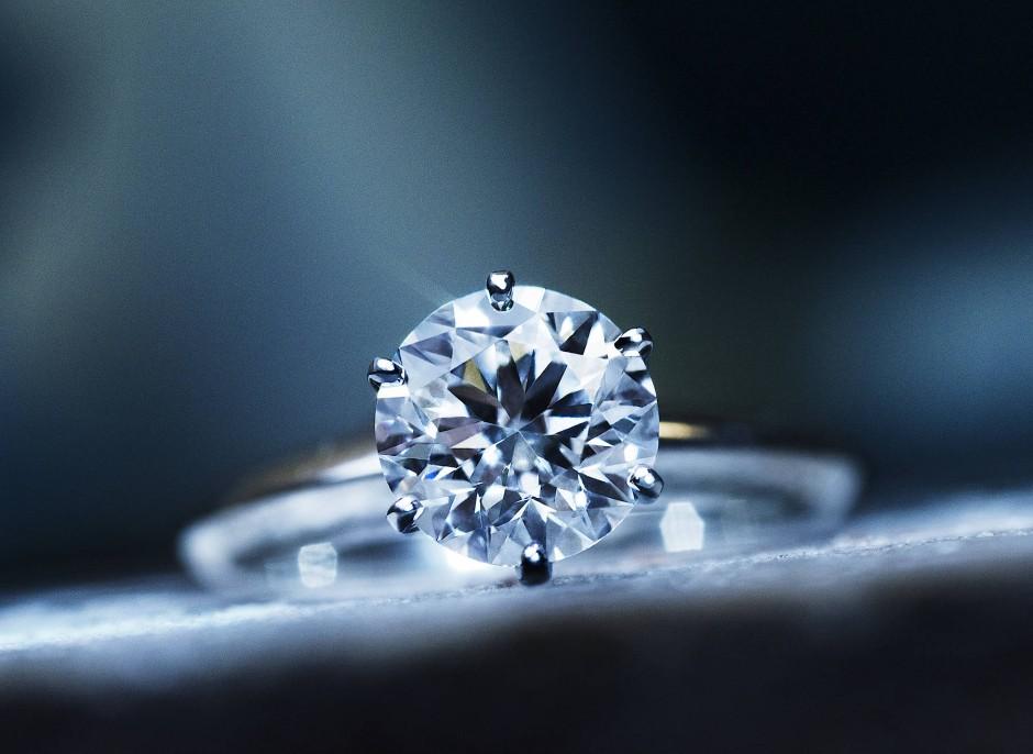 diamanten experte und pl tzlich ist da dieser ring menschen faz. Black Bedroom Furniture Sets. Home Design Ideas