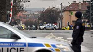 Mehrere Tote bei Schießerei in Restaurant