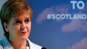"""Sturgeon nennt Johnson als Premier """"Horrorvorstellung"""""""