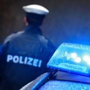 Um den Unfallhergang zu klären, sucht die Polizei nach Zeugen. (Symbolbild)