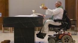 """Da sitzt jemand freiwillig im Rollstuhl"""