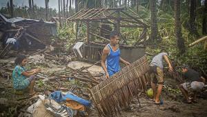 """Taifun """"Vongfong"""" wütet auf den Philippinen"""