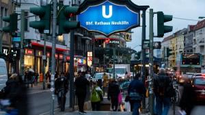 Inzidenzwert in Berlin-Neukölln steigt auf 217,9