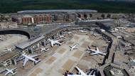 Wettbewerber: Die Flughäfen in Frankfurt (im Bild) und München ringen um Passagiere und um Marktanteile.