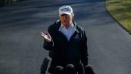 Donald Trump in Washington vor dem Abflug zu einem Besuch an der amerikanisch-mexikanischen Grenze