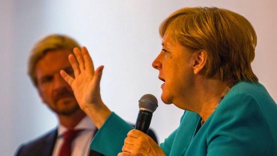 Merkel spricht sich für CO2-Bepreisung aus