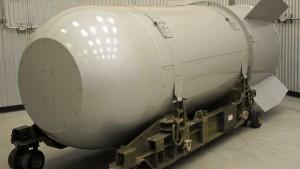 Amerika zerstört größte Atombombe