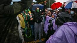 Blutige Proteste und ein Rücktritt