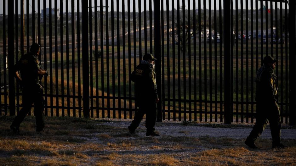 Grenzkontrolle an der Grenze zwischen den USA und Mexiko. Künftig wollen die USA 125.000 Flüchtlinge jährlich aufnehmen.