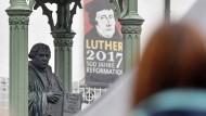 Luther-Denkmal in Wittenberg (Sachsen-Anhalt): Wenn jemand groß war in seiner Wirkung – dann er.
