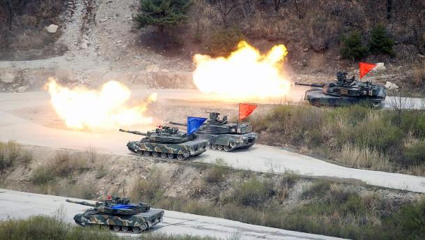 Amerika reagiert auf Raketentest mit Militärmanöver