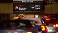 Feinstaub-Alarm in Stuttgart: Doch wie werden die Dieselfahrzeuge sauber? Genügt ein Software-Update?