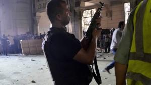 Übergangsregierung droht Muslimbrüdern mit Verbot