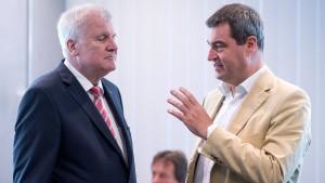 """""""Seehofer und Söder sind beide Profis genug"""""""
