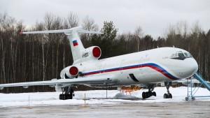 Russisches Flugzeug über dem Schwarzen Meer abgestürzt
