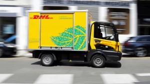 Für das Weihnachtsgeschäft werden Lastwagen knapp