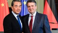 Gabriel fordert faire Behandlung deutscher Unternehmen in China