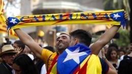 Katalanisches Parlament erklärt Unabhängigkeit