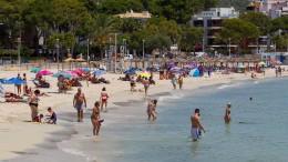 Ballermann-Party ohne Masken und ohne Abstand auf Mallorca