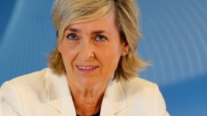 Karola Wille legt ihre Pensionsansprüche offen