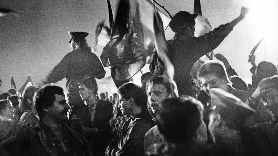 Für viele der Beginn einer schwierigen Zeit: Vollzug der deutschen Einheit am 3. Oktober 1990 in Berlin