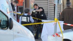 Wieder Soldaten auf offener Straße erschossen