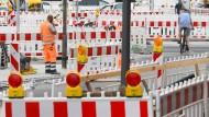 Neuer Versuch: Die Debatte um die Abschaffung der Straßenbeiträge geht weiter (Symbolbild).