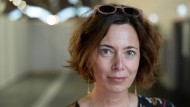 """Podcast von der Buchmesse: Eva Menasse im Gespräch über ihren Roman """"Dunkelblum"""""""
