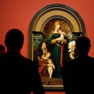 """Die Holbein-Madonna 2016 in der Ausstellung """"Holbein in Berlin. Die Madonna der Sammlung Würth mit Meisterwerken der Staatlichen Museen zu Berlin"""" (Archivbild)"""