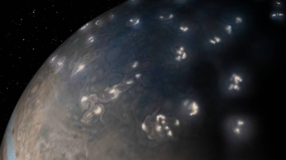 """Multitalent: Juno schießt sie nicht nur scharfe Bilder – sie """"hört"""" den Jupiter auch."""