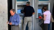 Den griechischen Banken gehen die Scheine aus