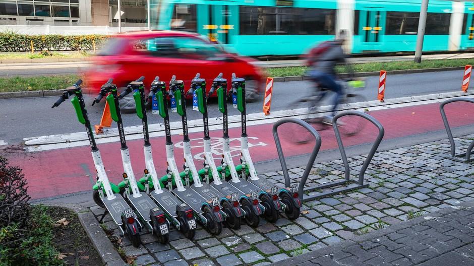 Mobilität in der Stadt: Die Straßenbahn ist in Frankfurt ein stark nachgefragter Bestandteil des Nahverkehrs.