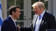 Alexis Tsipras und Donald Trump im Rosengarten des Weißen Hauses in Washington.