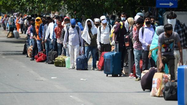Indien setzt 20.000.000.000.000 Rupien gegen die Pandemie ein