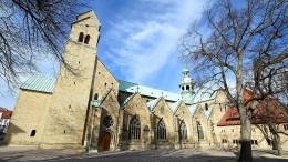 Kirchen-Fonds stecken Hunderte Millionen Euro in Unternehmenshandel